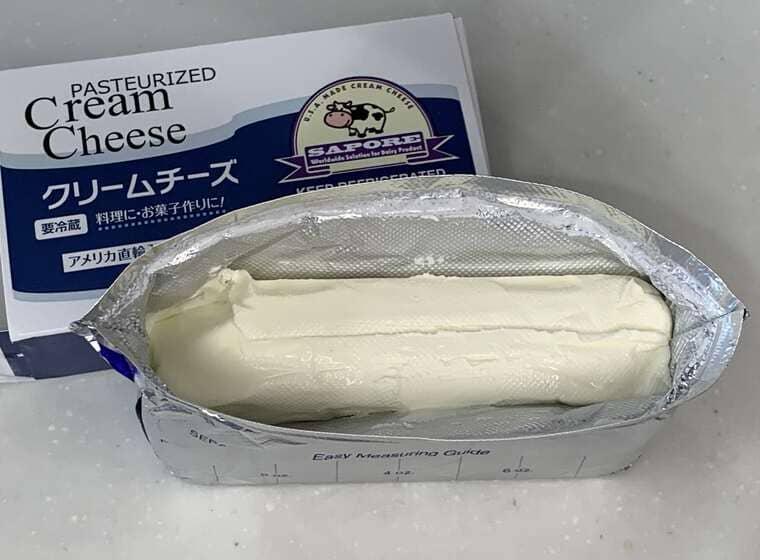業務スーパーのクリームチーズのパッケージと中身