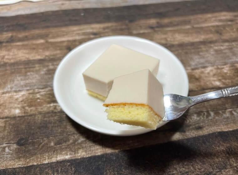 業務スーパーのストロベリーケーキ